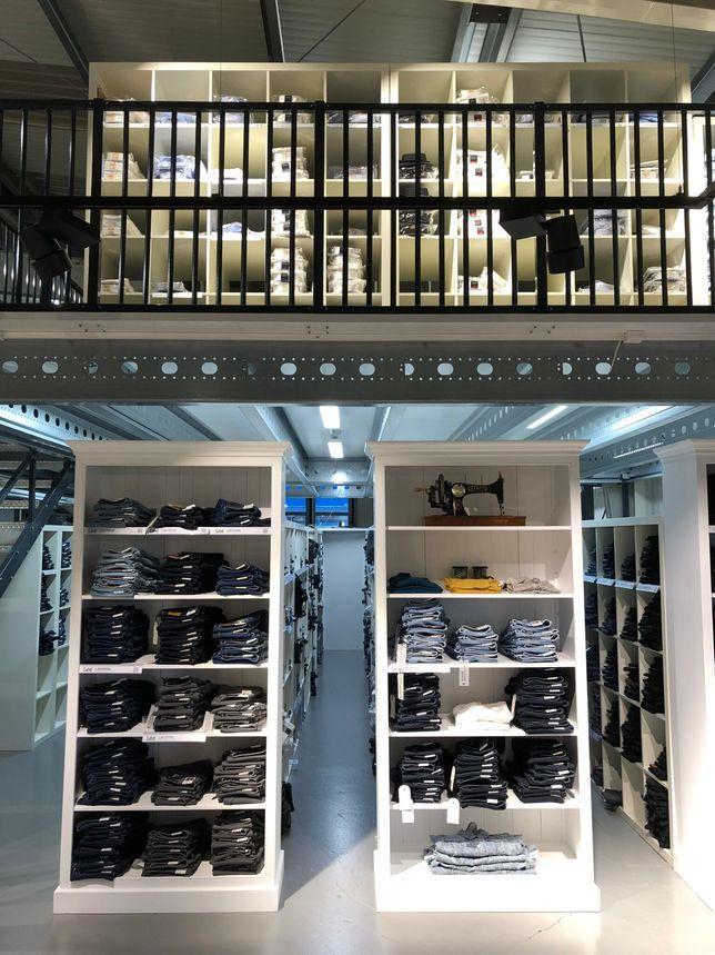 Jeans.ch Showroom und Lager